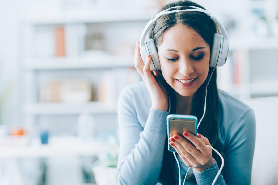 listening-to-music-nmf-091616